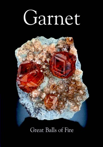 extraLapis English No. 11: Garnet