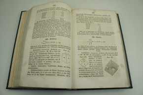 BLUM R. - Lehrbuch der Oryktognosie.